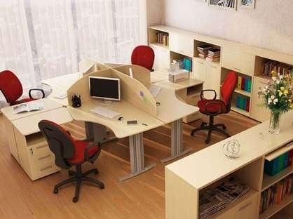 Офісні меблі для персоналу