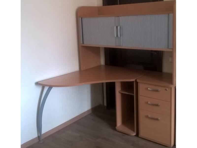Компьютерный стол Тринити