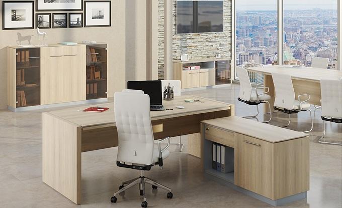 Современный светлый стол для руководителя Рэй
