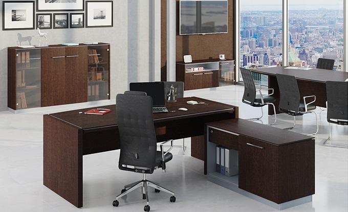 Стол для руководителя темного цвета Рэй венге
